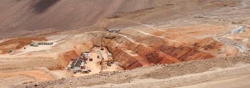 Rematan equipos de Pascua Lama pese a trabajos en Argentina