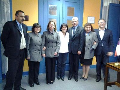 Provoste se reunió con funcionarios del Registro Civil de Vallenar durante paralización