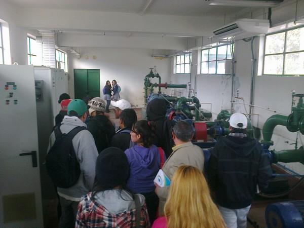 Jóvenes de programa Sename realizan visita a instalaciones de Aguas Chañar en Vallenar