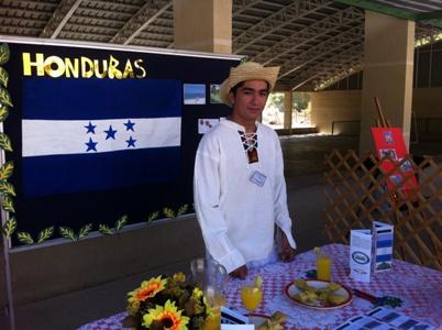 Realizan 1º Feria Costumbrista Latinoamericana en Alto del Carmen