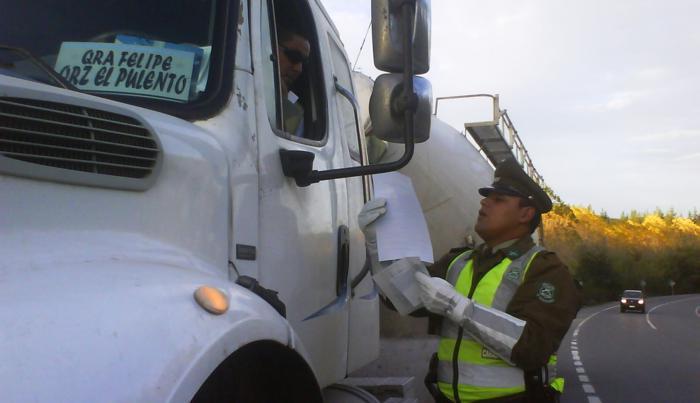 Fiscalización-camiones-Carabineros-3