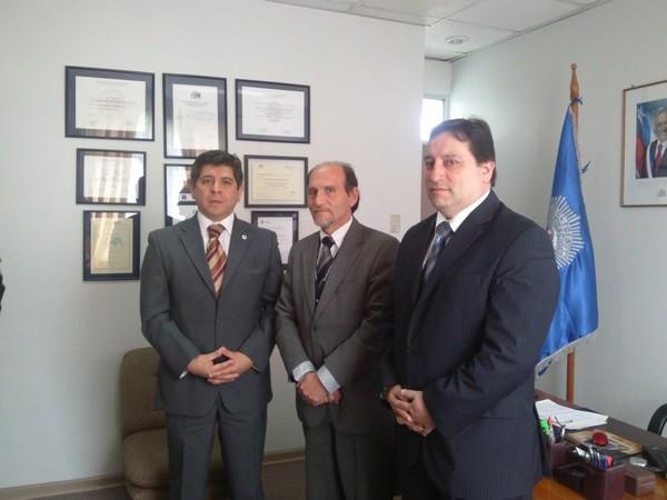Encuentro protocolar sostuvieron director del Hospital del Huasco junto al subprefecto de la PDI