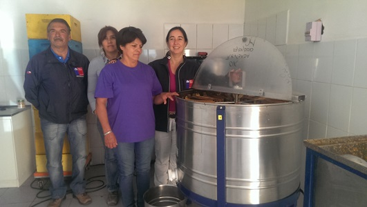 Agricultora  de Chanchoquín recibió centrífuga mielera
