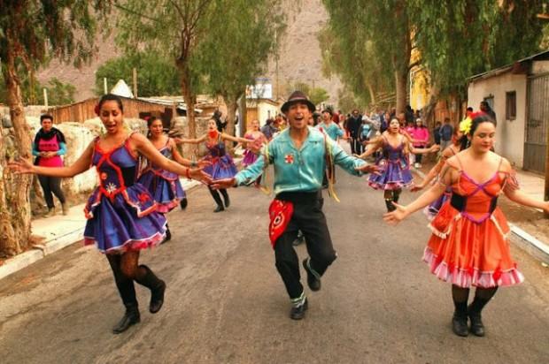 """Centro Cultural """"Creando Valle"""" celebra un año protegiendo agua del desierto"""