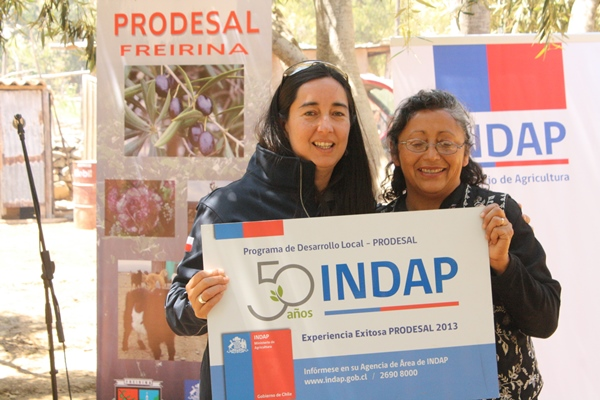 Gobernadora destaca labor de mujeres rurales de la provincia