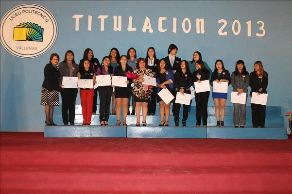 Liceo Politécnico titula a 142 nuevos técnicos profesionales para la región