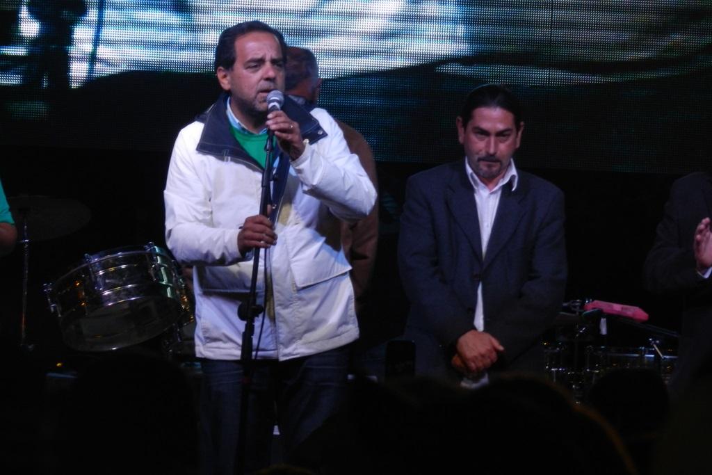 Jaime Mulet llama a Intendente y gobernadores a poner sus cargos a disposición