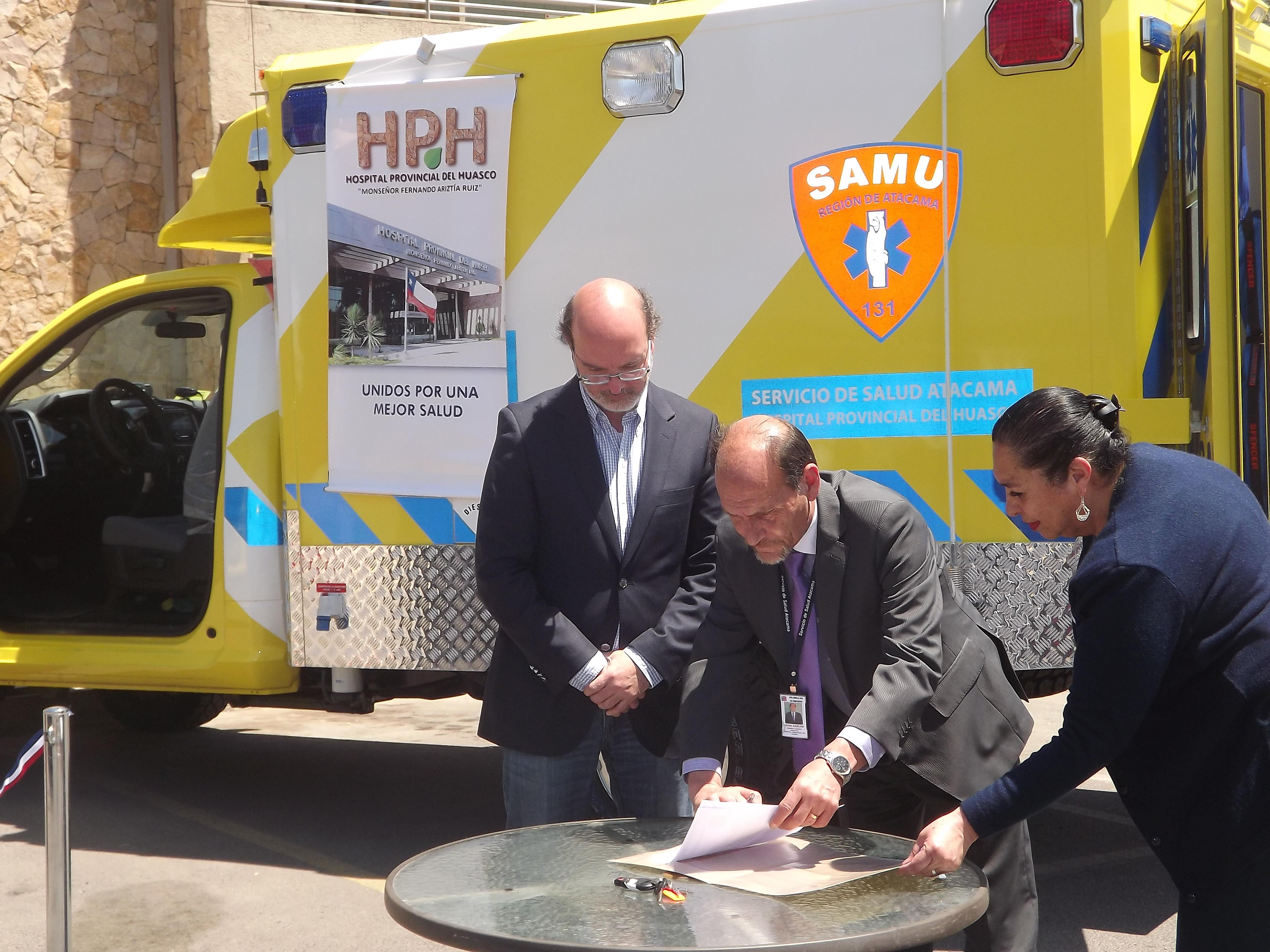 Hospital Provincial del Huasco recibe Ambulancia de Emergencia Avanzada por parte de empresa minera