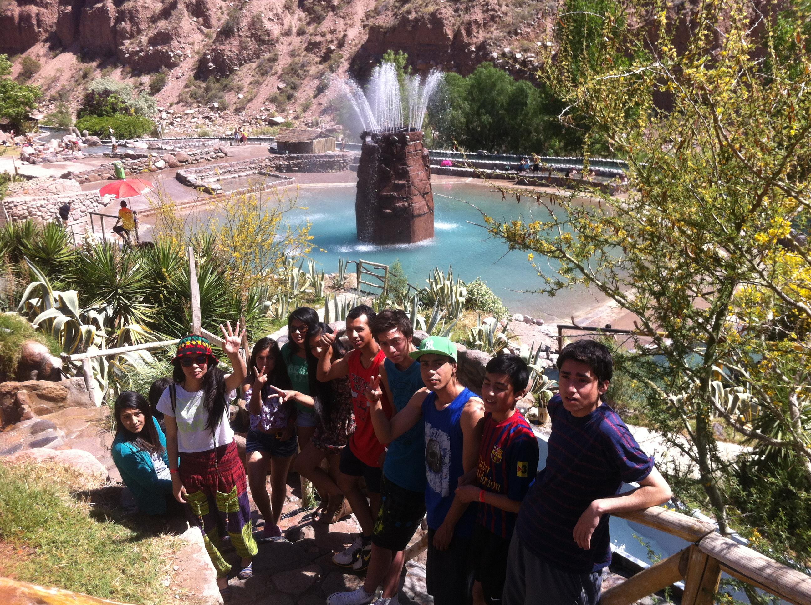 Estudiantes de Turismo de Alto del Carmen viajan a Mendoza