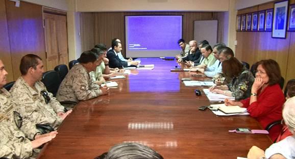 Autoridades y Fuerzas de Orden y Seguridad coordinaron alcances del despliegue logístico para las elecciones de este domingo