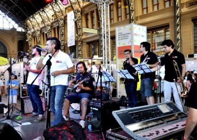 Banda Skizofrenia presentó su show en vivo en Feria Internacional de música