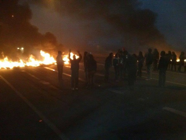 Funcionarios municipales de Vallenar realizan corte de carretera