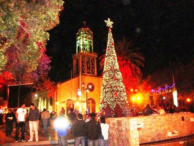Hoy encienden gran árbol navideño en la plaza de Vallenar
