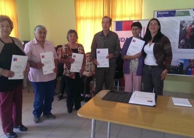 Agricultores de Huasco y Freirina recibieron certificados por planes de manejo para recuperar la calidad de sus tierras