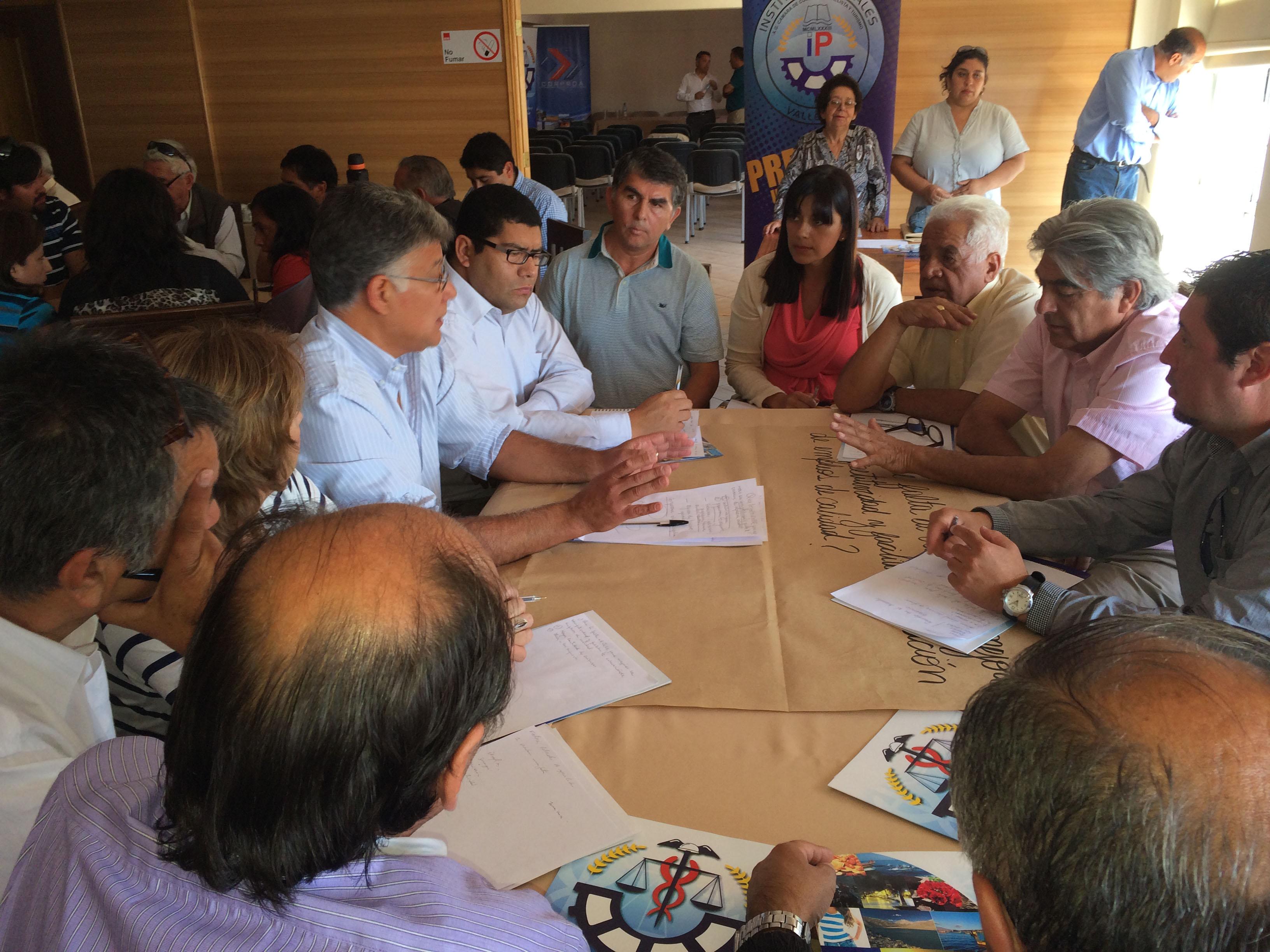La comunidad del Huasco se reunió para dialogar sobre los problemas que enfrentan en materia de empleo