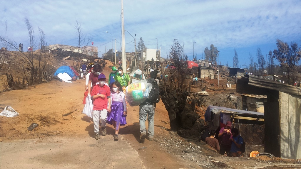 Vallenar entregó ayuda a familias de Valparaíso