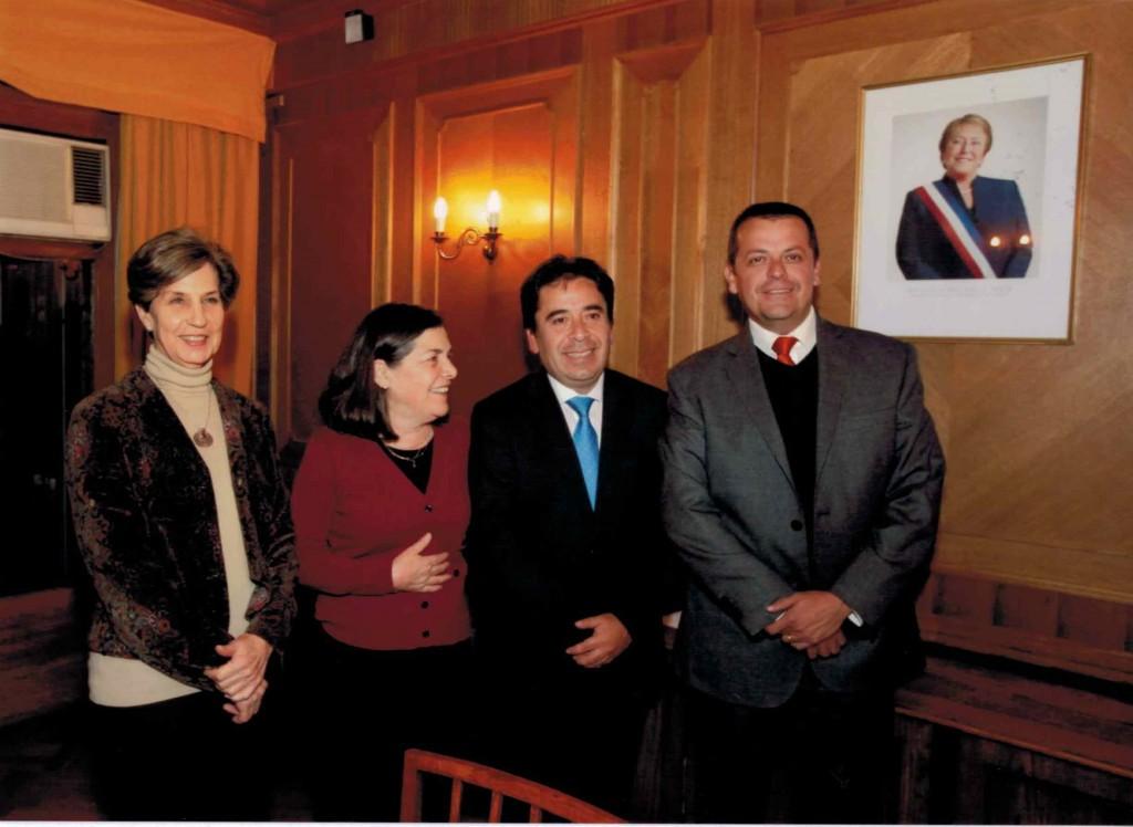 Foto Seremi Minvu, Intendente Atacama, Ministra Saball y Senadora Allende
