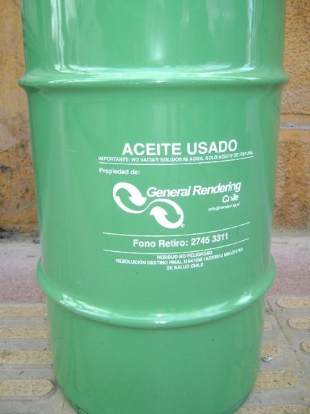 Campaña aceite usado tres