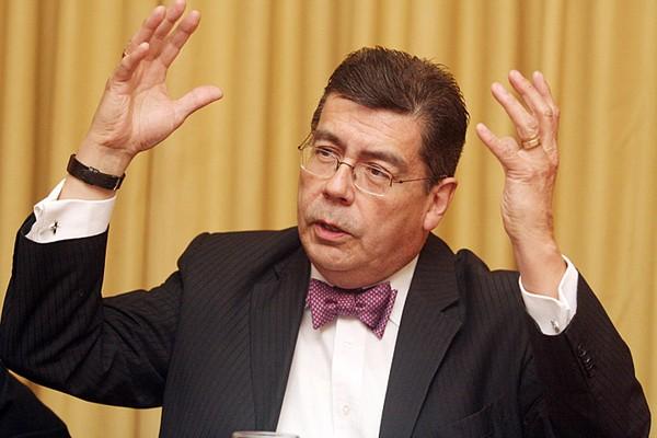Luis Riveros Cornejo