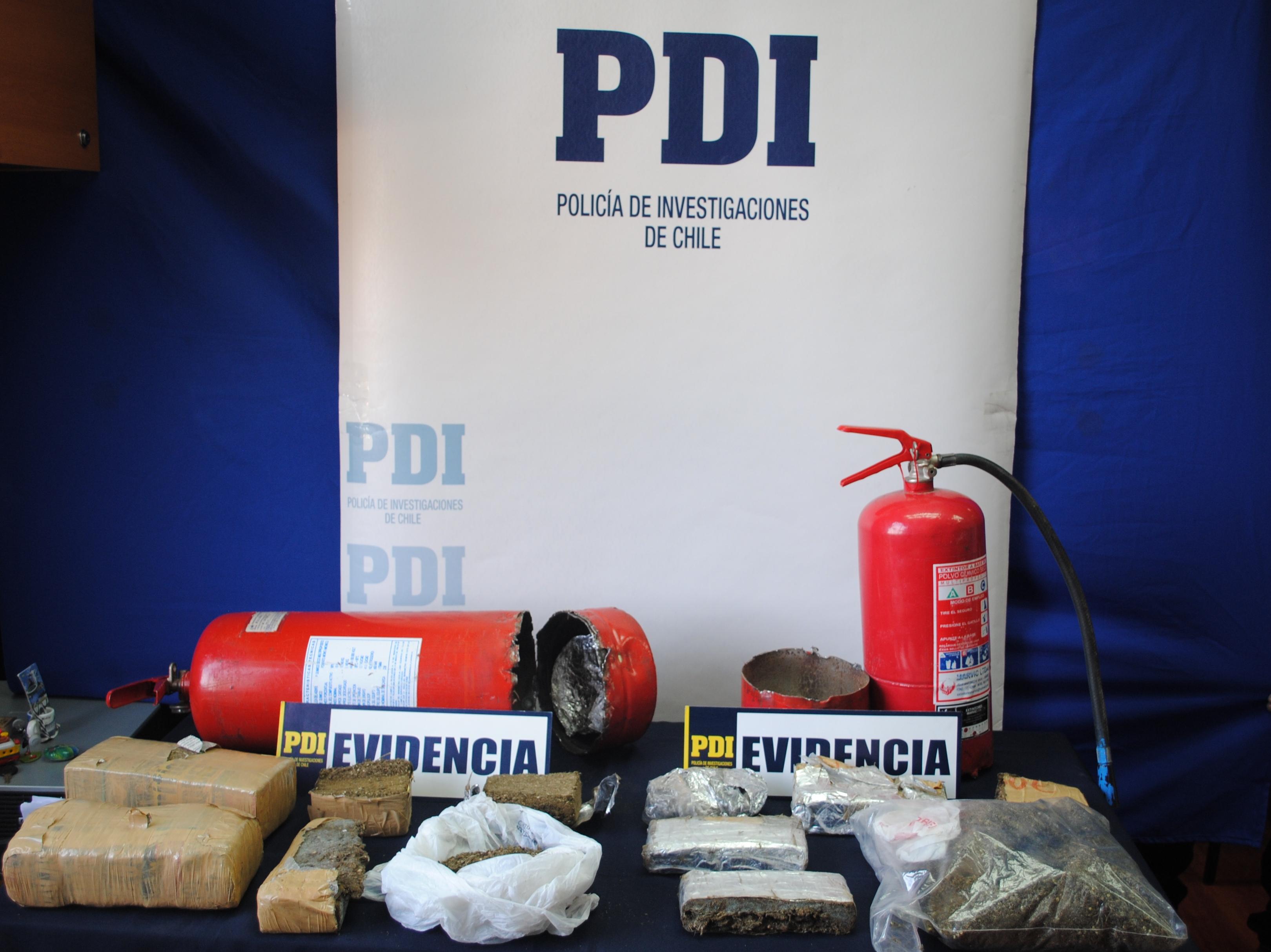PDI encontró más de 5 mil dosis de marihuana  ocultas al interior de dos extintores de incendio
