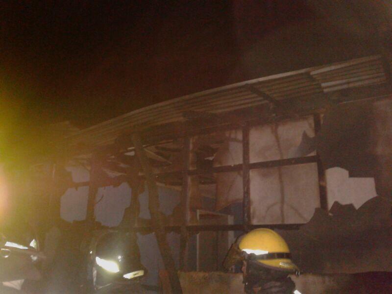 Un fallecido deja incendio de vivienda en población Torreblanca en Vallenar