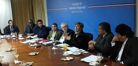 """Senadora Allende : """"Se requiere una política de asociatividad entre las comunidades y las empresas"""""""
