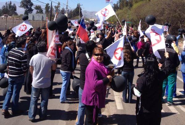 Diez detenidos y seis carabineros heridos tras manifestación de los empleados públicos