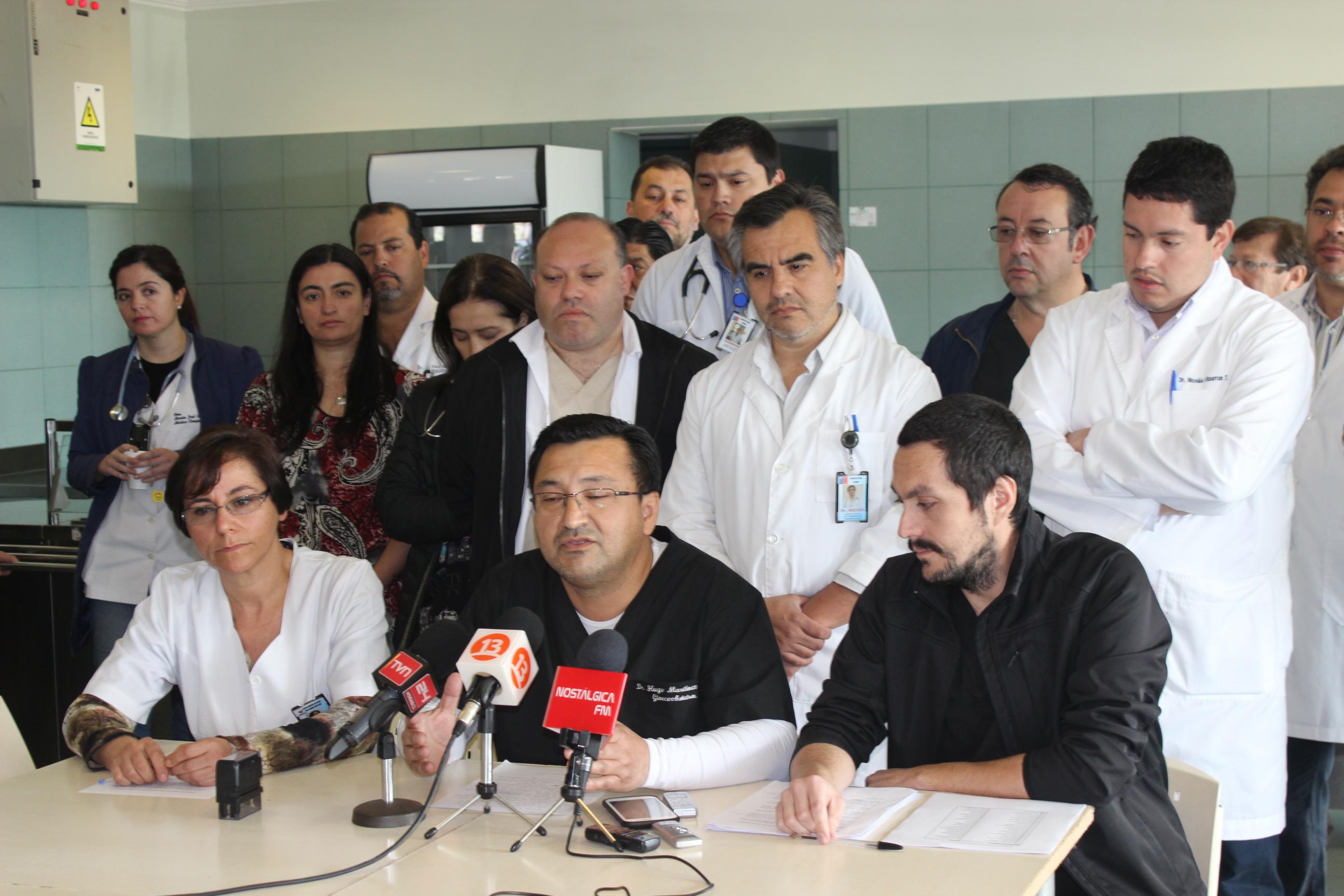 Médicos de HPH deponen paro pero se pliegan a movilización indefinida del lunes 25 de la ANEF