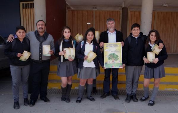 """Invitan a seguir participando del concurso literario del mundo rural """"Historias de Nuestra Tierra"""""""