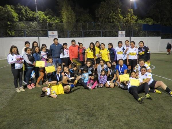 En Vallenar: Blanco y Negro es el actual monarca del baby fútbol femenino