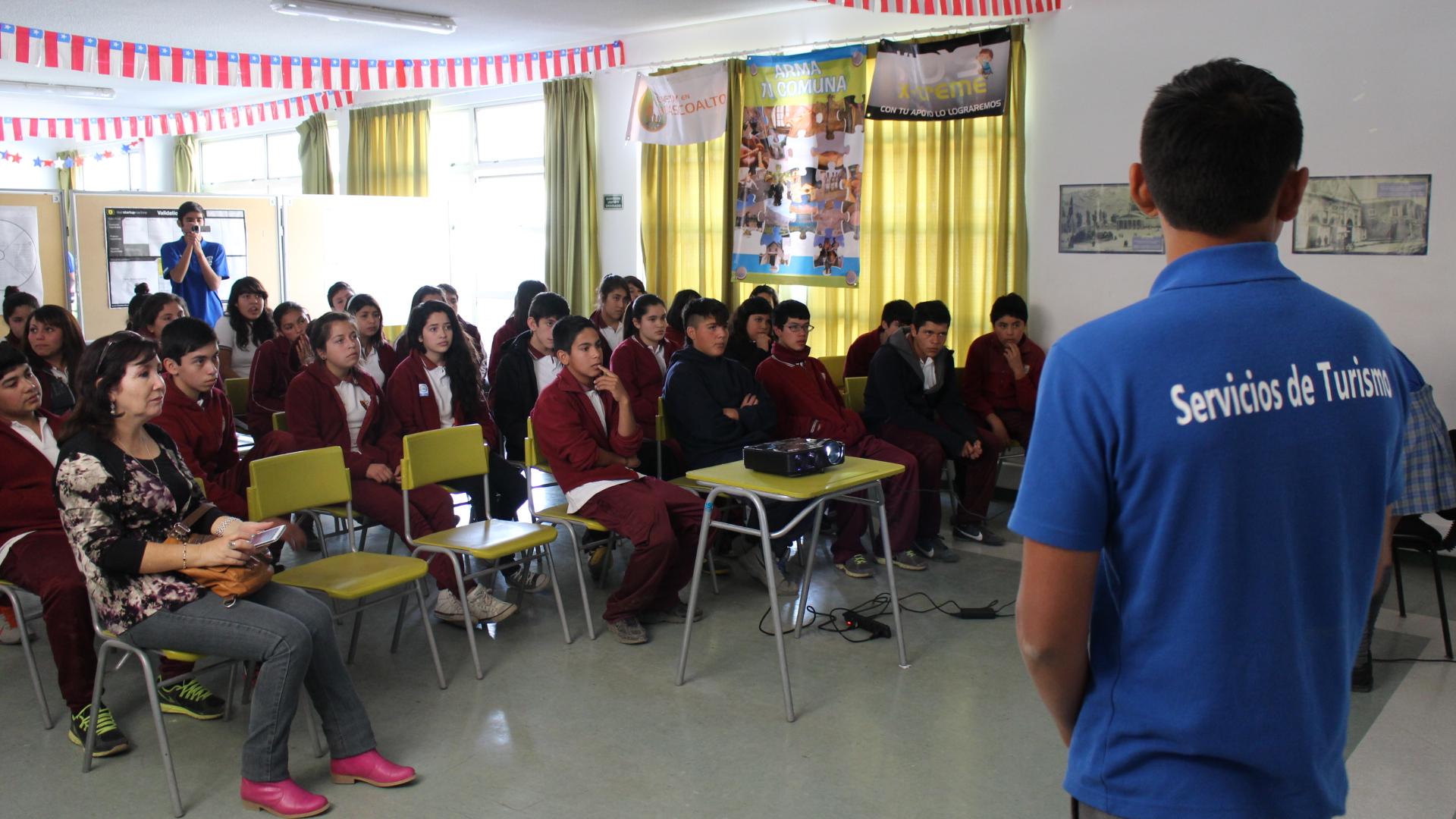 Liceo Alto del Carmen  se promociona en la Tercera y Cuarta Región
