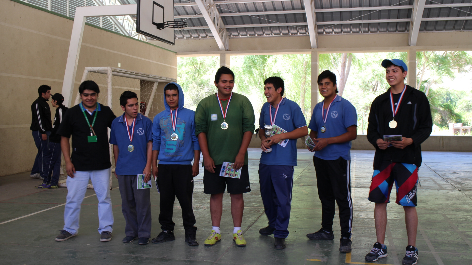 Muchachos de liceo Alto del Carmen finalizan torneo deportivo