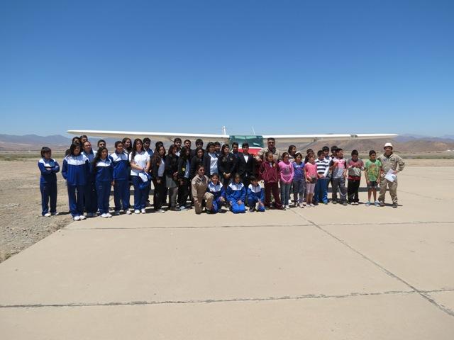 Club Aéreo de Vallenar realizó vuelos gratuitos a estudiantes de la comuna