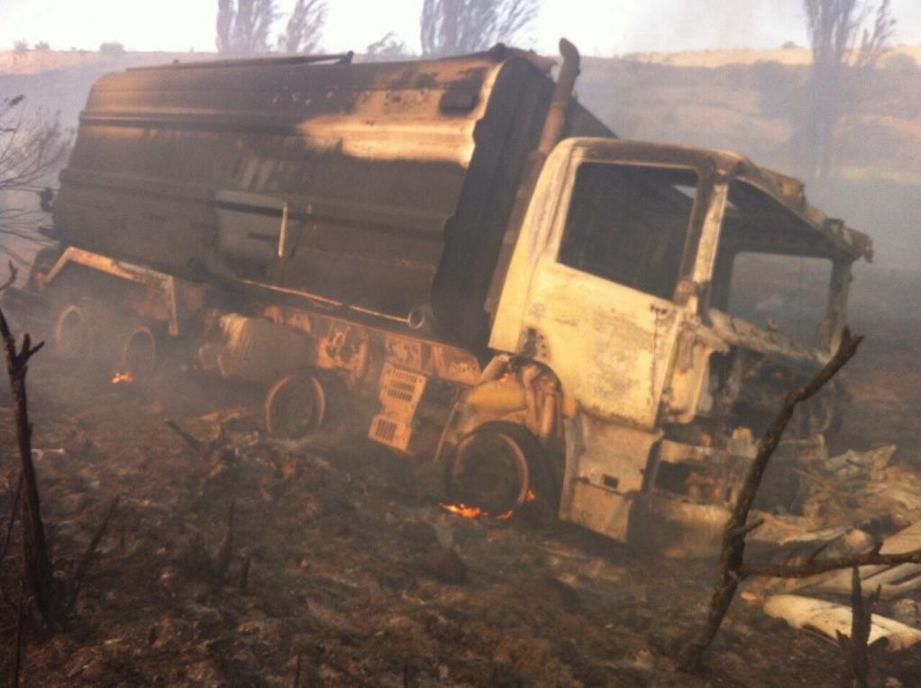 Incendio que afectó sector de Maitencillo deja camiones aljibes y de bomberos afectados
