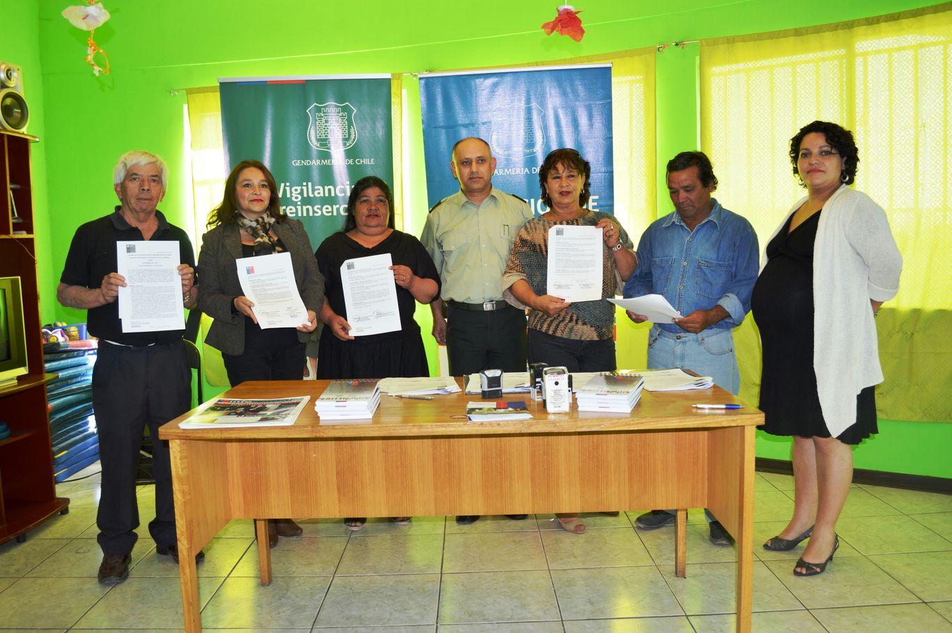 Juntas de Vecinos de Huasco firman convenio con Gendarmería