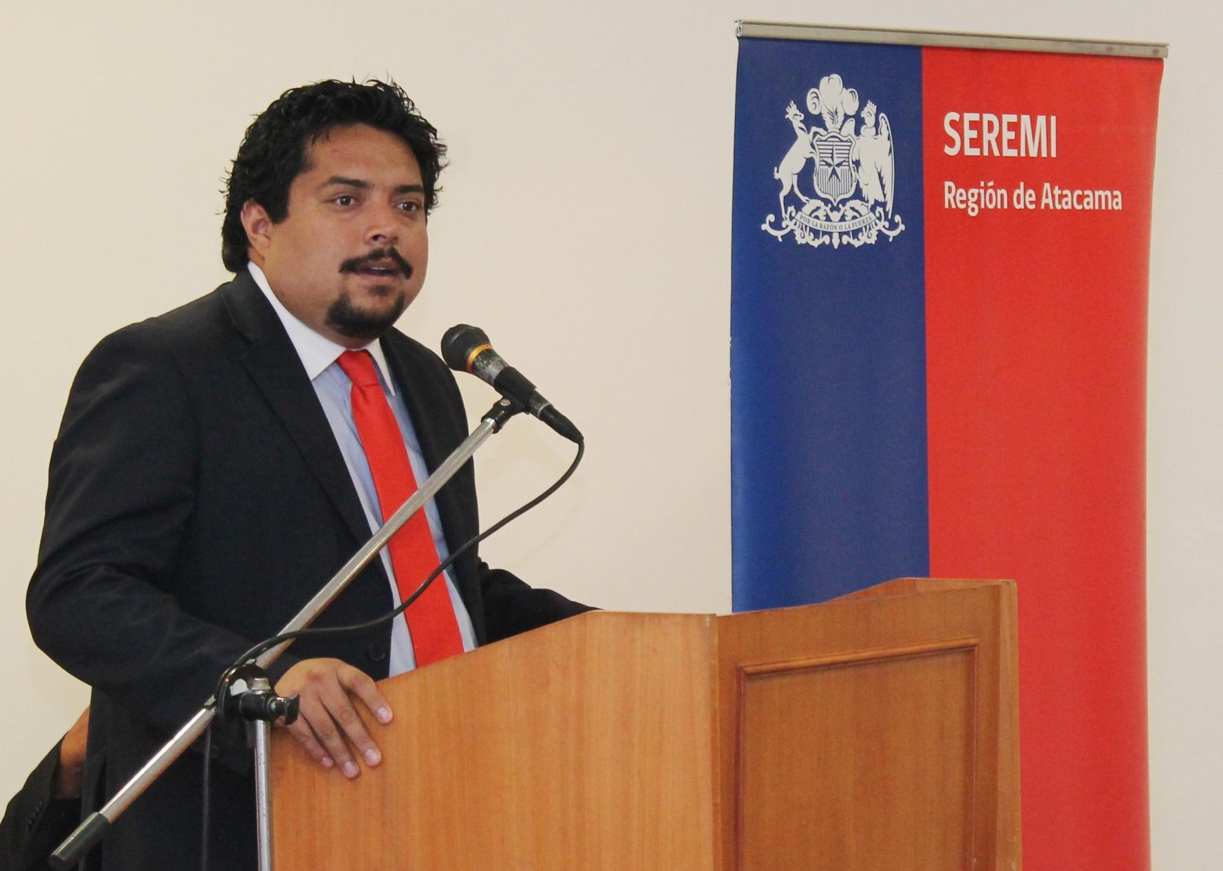 """Seremi de Gobierno: """"En el 2017 aumentarán los beneficios para las familias de Atacama"""""""