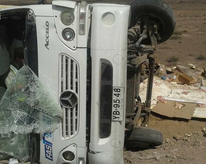 Un lesionado deja accidente de camión al norte de Vallenar