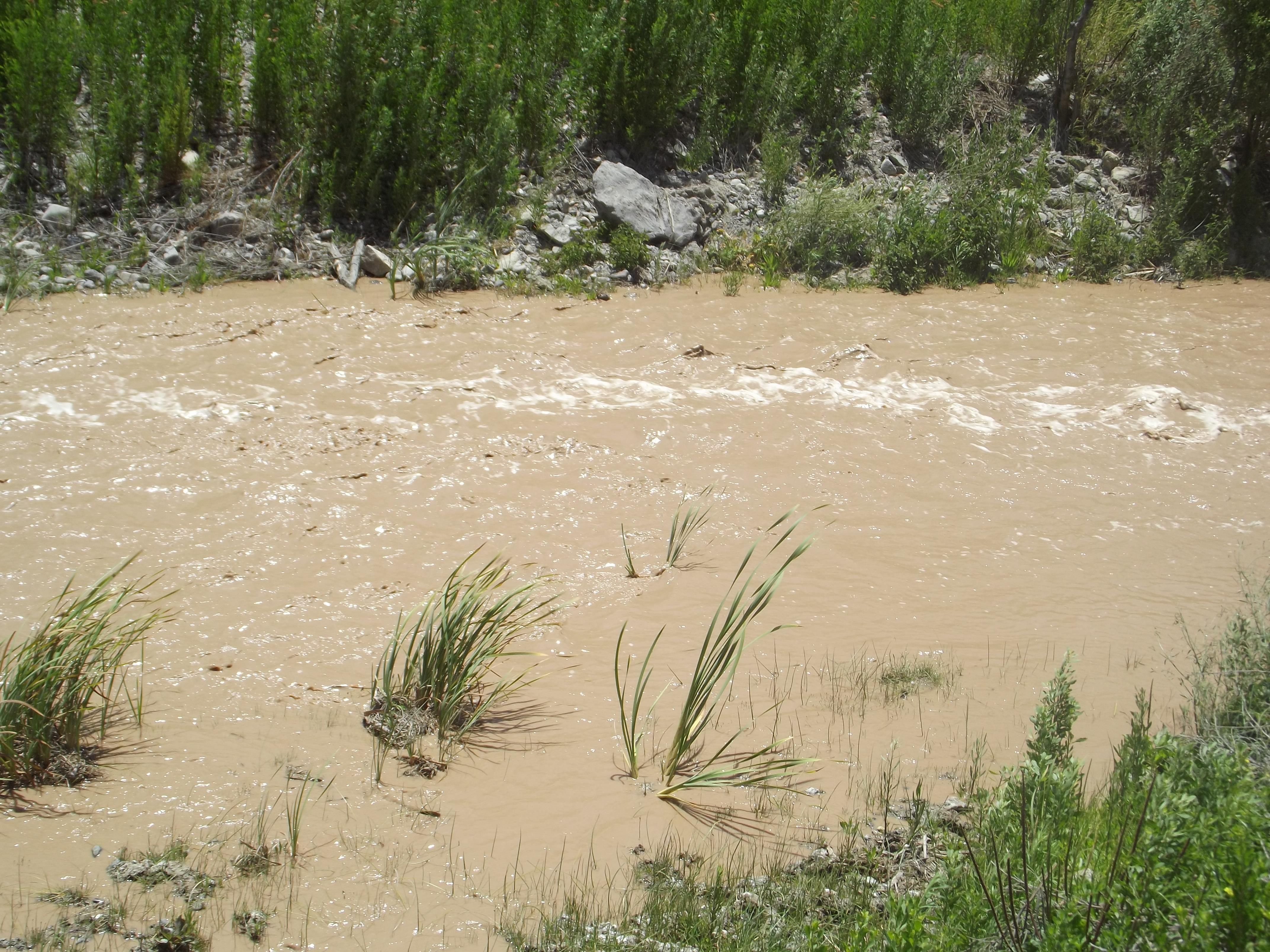 Reportan aumentos de turbiedad en río El Tránsito por aumento de deshielos