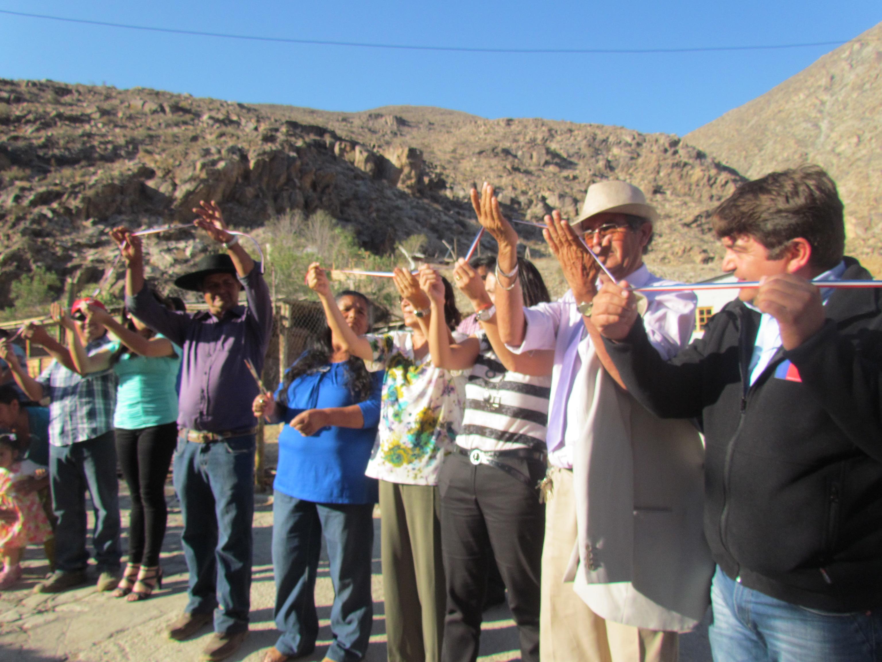 Inauguran sistema de agua potable en sectores de El Algodón y El Sombrío en Alto del Carmen