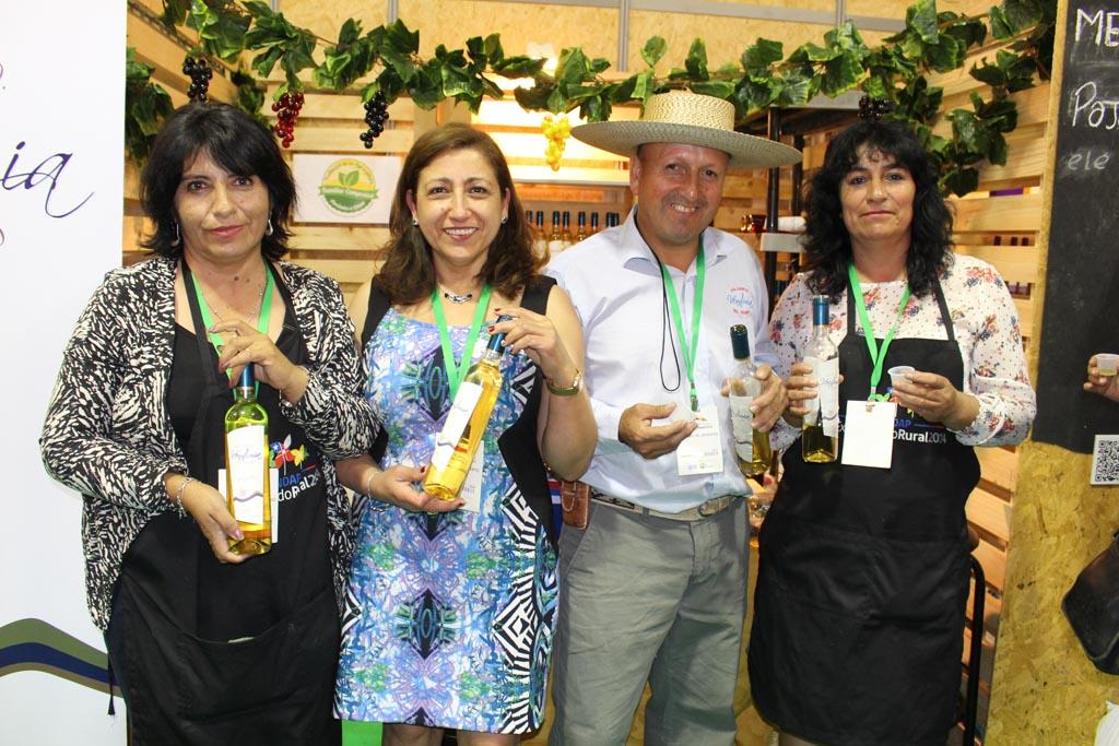 Pajareteros de Alto del Carmen fortalecen su productividad gracias a INDAP