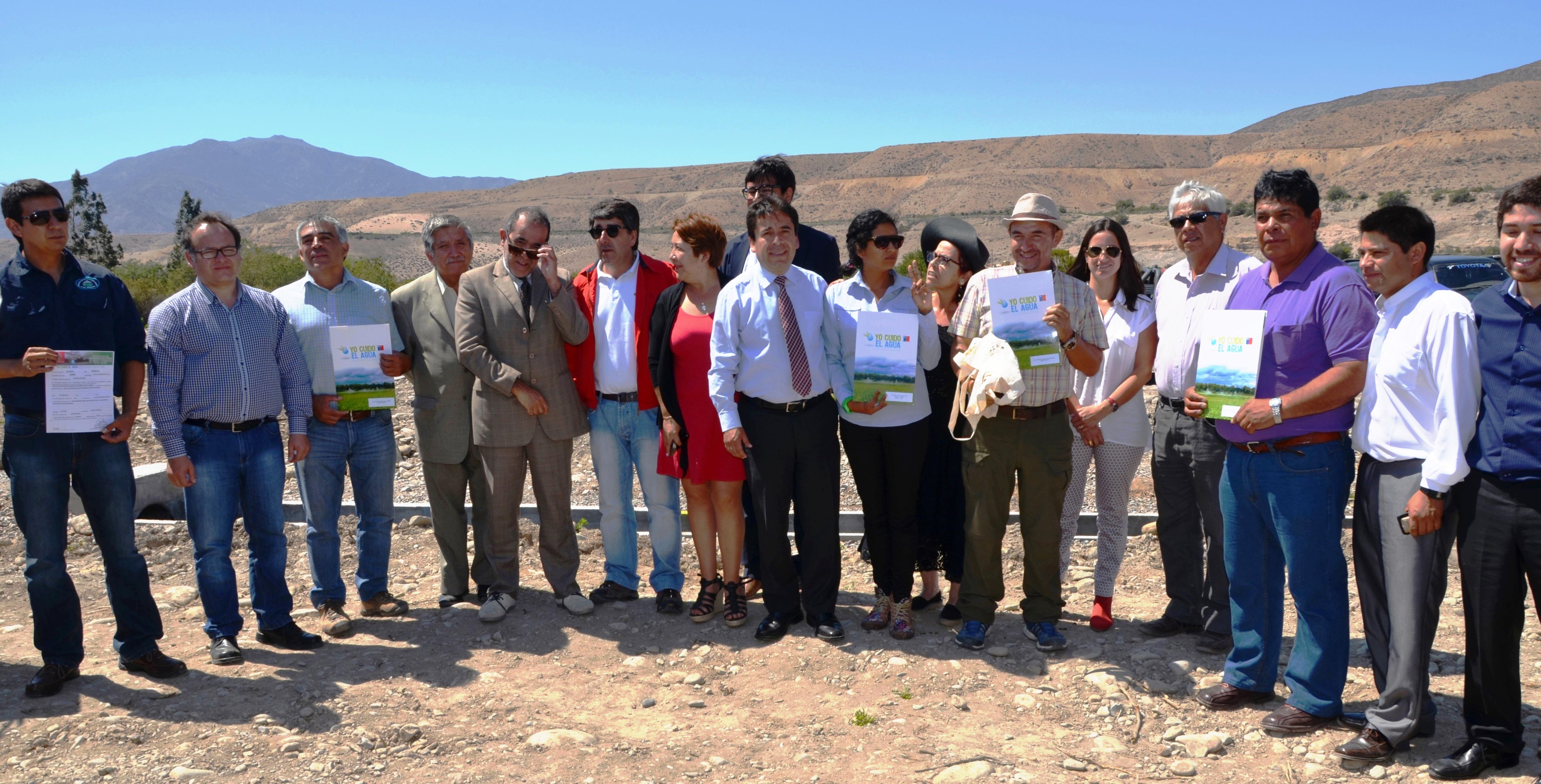 Entregaron Bonos de la Ley Riego para pequeños agricultores de Atacama