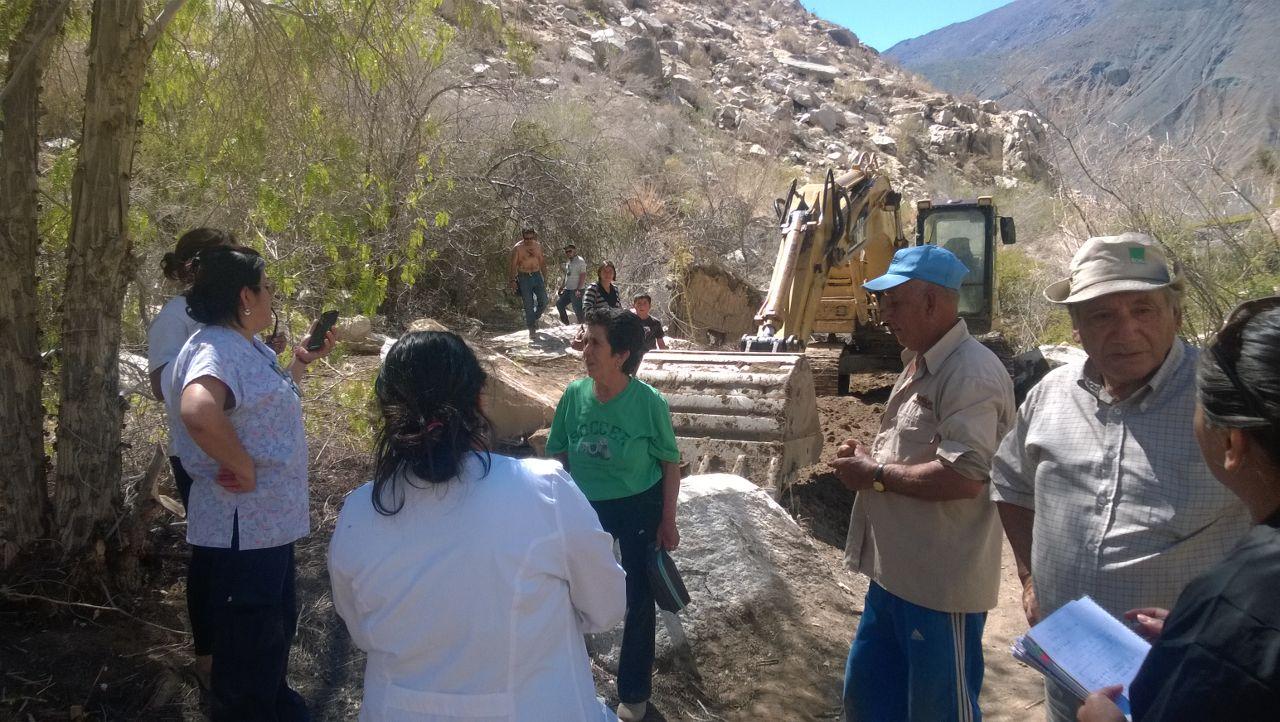 Equipos de trabajo de la gobernación realizan recorrido por sectores aislados de la comuna de Alto del Carmen