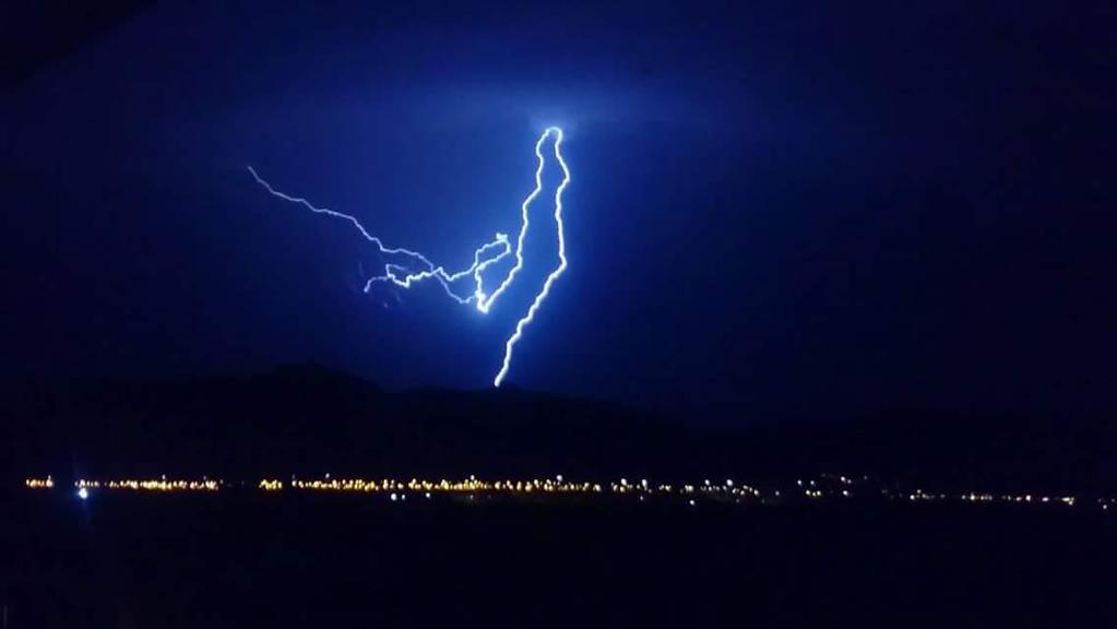 Tormenta corta suministro eléctrico en Domeyko