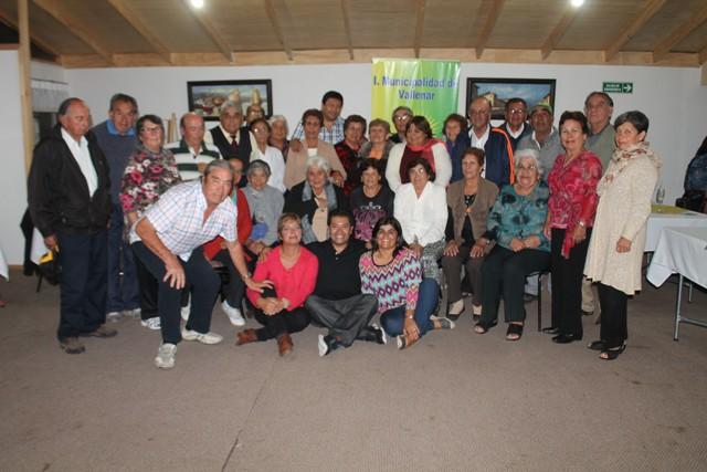 Adultos mayores agradecidos por visita a IV Región