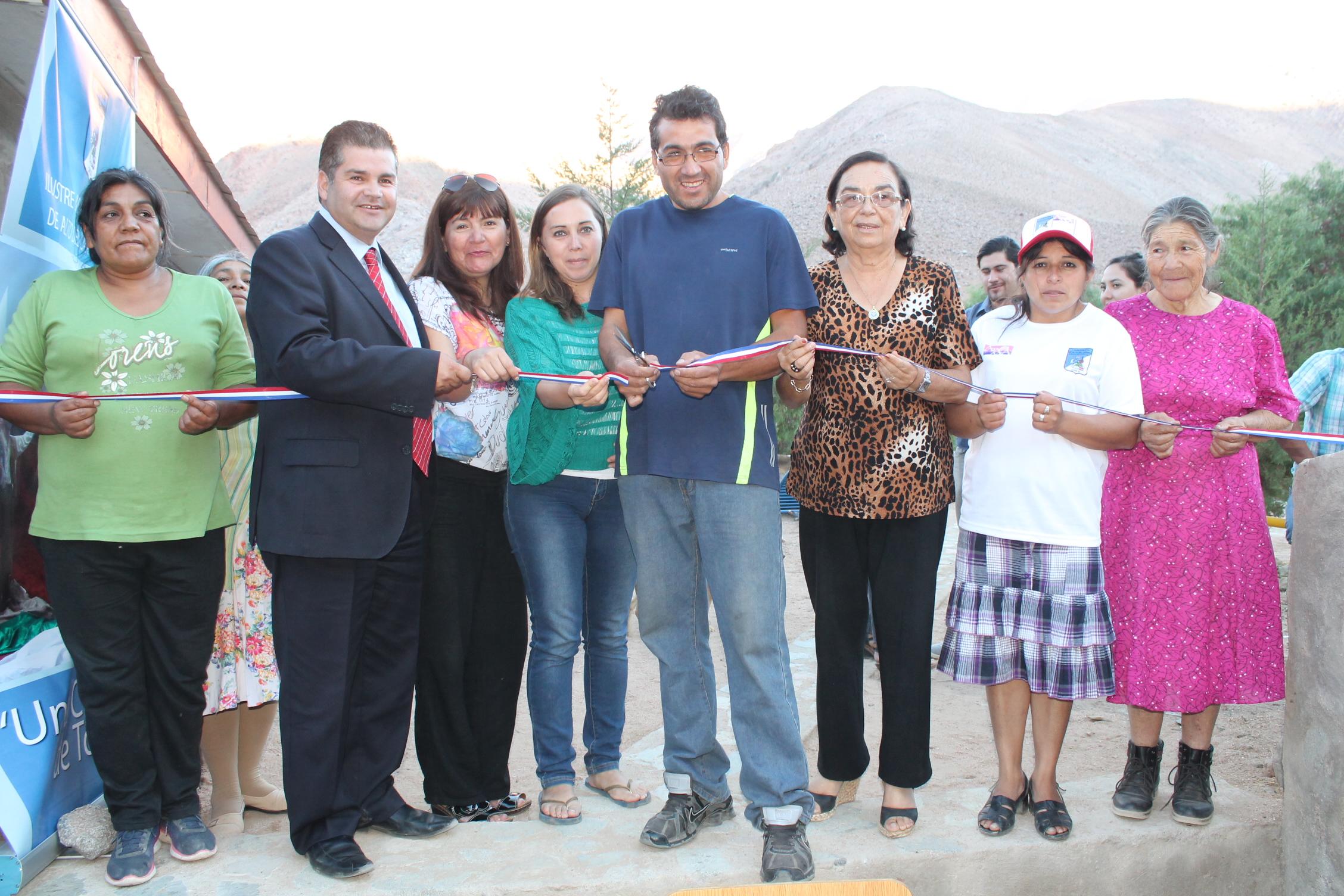 Vecinos de Alto del Carmen disfrutan del deporte al aire libre