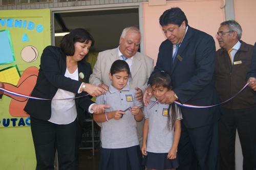 Inauguran nuevos laboratorios tecnológicos de Escuela de Domeyko