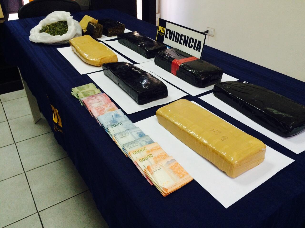 Dejó droga en casa de su madre y se fugó: PDI saca de circulación 6 kilos de marihuana