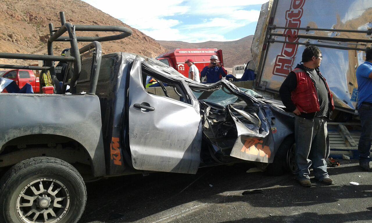Chófer de camioneta accidentada ayer aclara accidente con camión en sector Pajonales