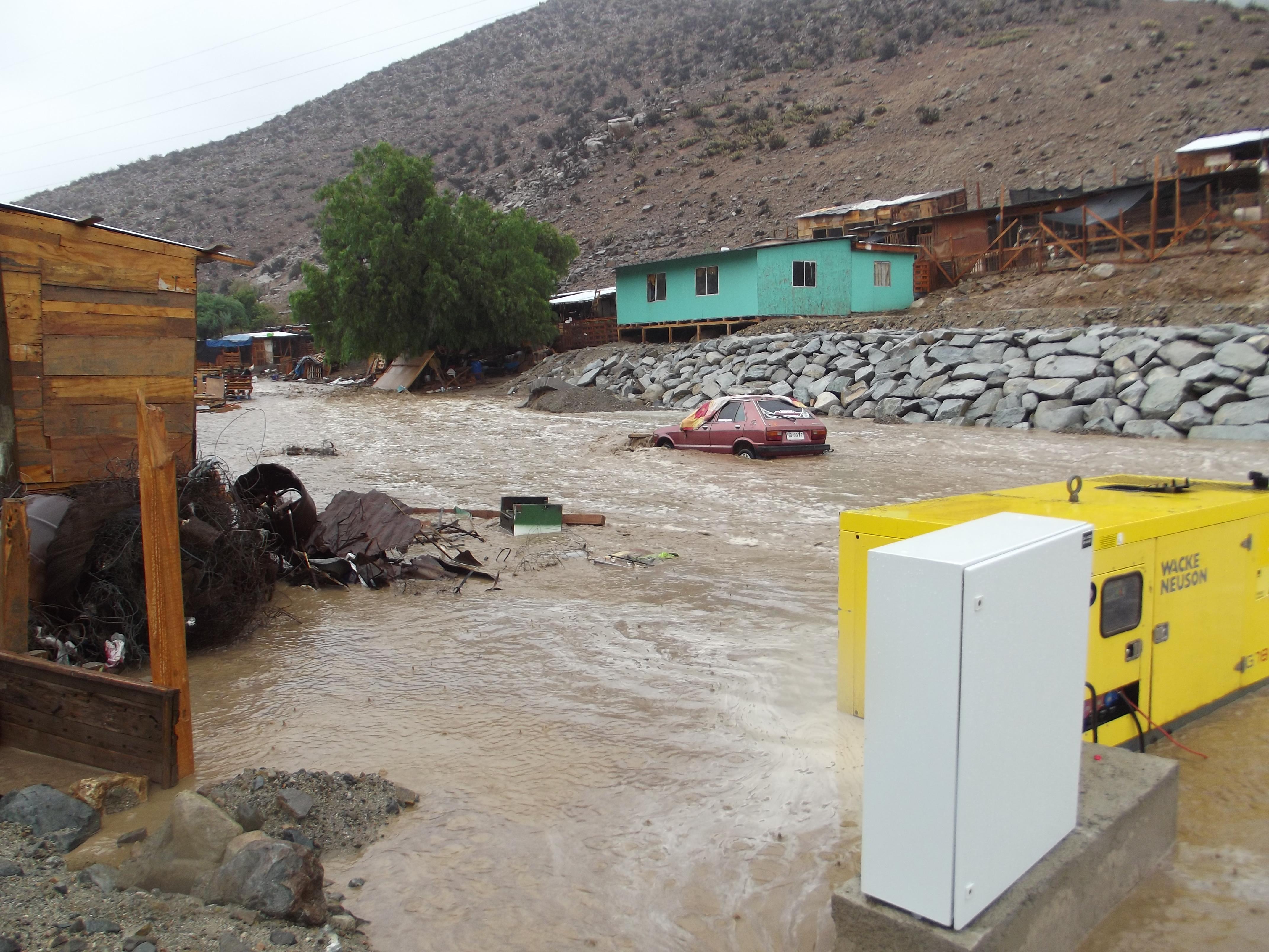 Revise el catastro social y los compromisos respecto a la situación de los valles de Alto del Carmen