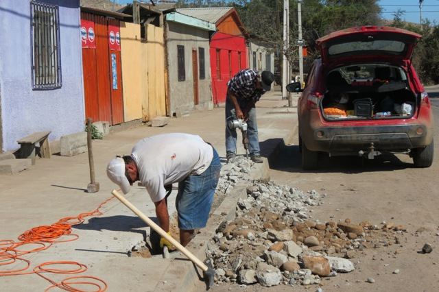 """Comienzan arreglos de emergencia en sectores """"críticos"""" de Vallenar"""